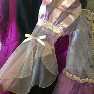 Costume dress 👗 rapunzel.